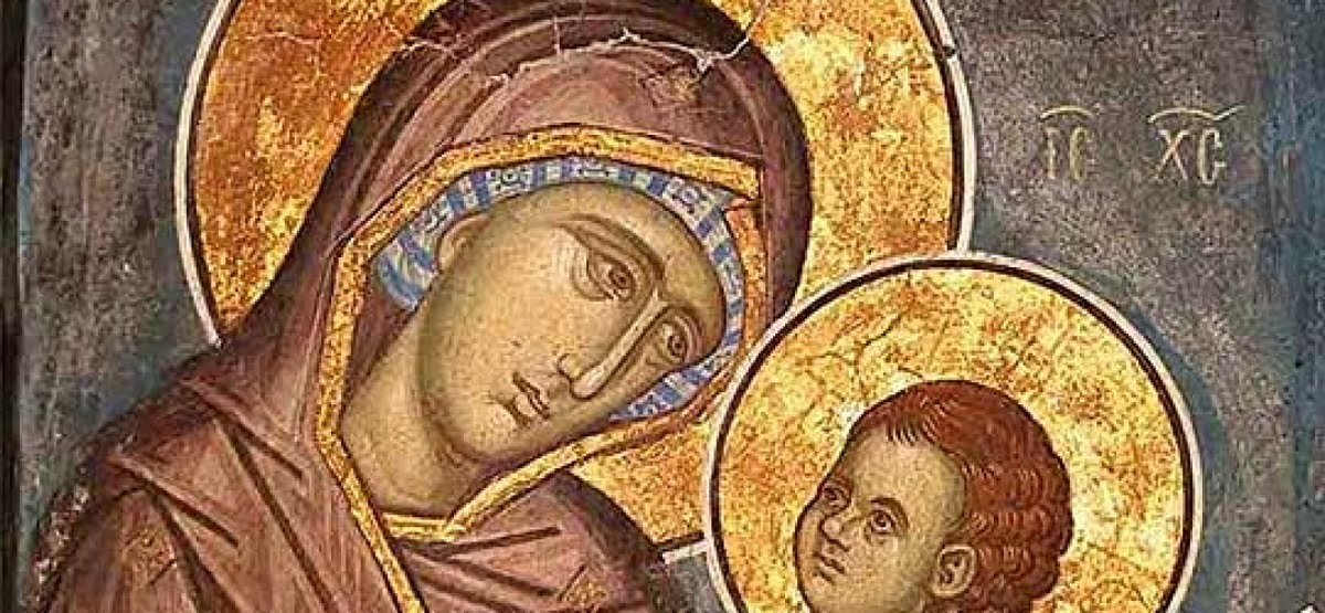 Обичаи и верувања за Мала Богородица – празник на Мајката на сите мајки