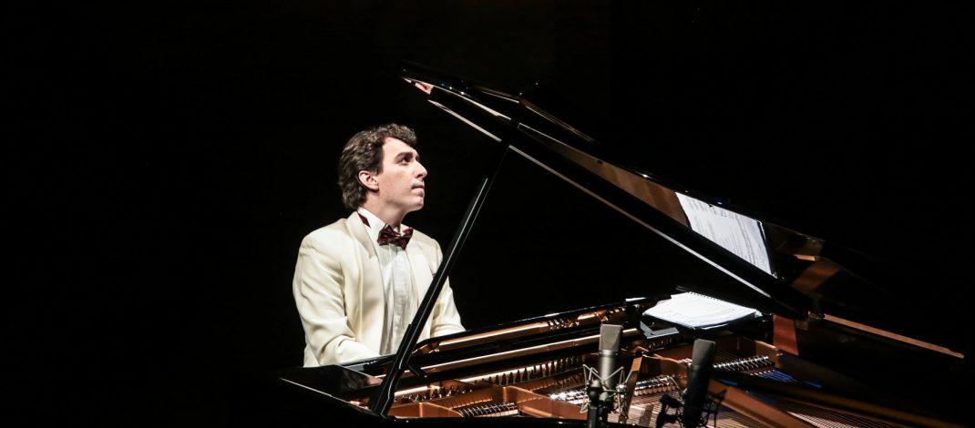 Концерт на Дино Имери во МКЦ
